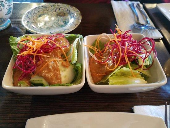 Rockville Centre, Estado de Nueva York: Side salad that comes with your lunch special! A yummy plus:-)
