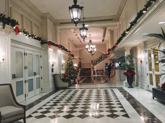 Crowne Plaza Hotel Astor-New Orleans: Hotel entrance/lobby