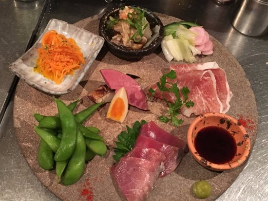 6 Mixed Appetizers 本日の前菜盛り合わせ