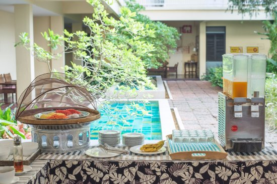 Foto de Feung Nakorn Balcony Rooms & Cafe
