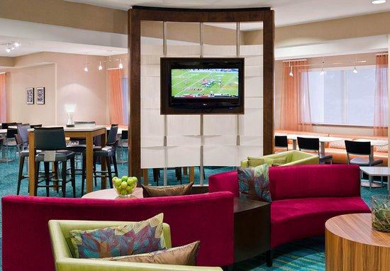 springhill suites seattle south renton updated 2017. Black Bedroom Furniture Sets. Home Design Ideas