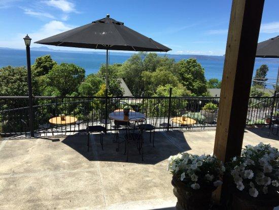 Turangi, New Zealand: The Oreti Deck