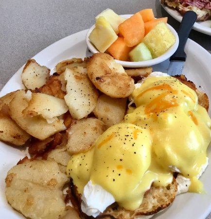 Hot stacks: Eggs Benny