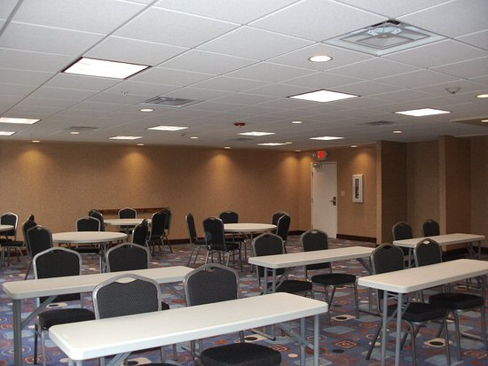 New Albany, MS: Meeting room
