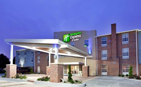 Holiday Inn Express Macon St Kansas City Mo