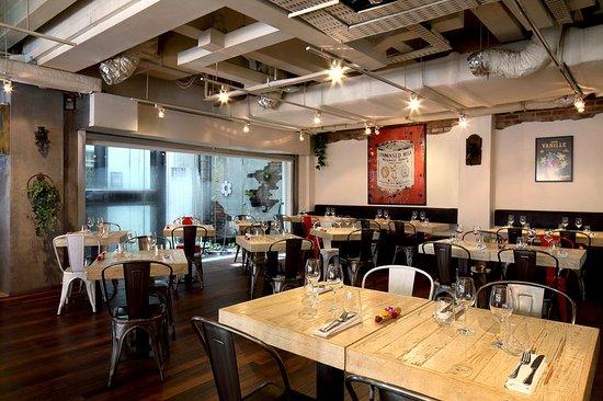 واندرلاست: Restaurant