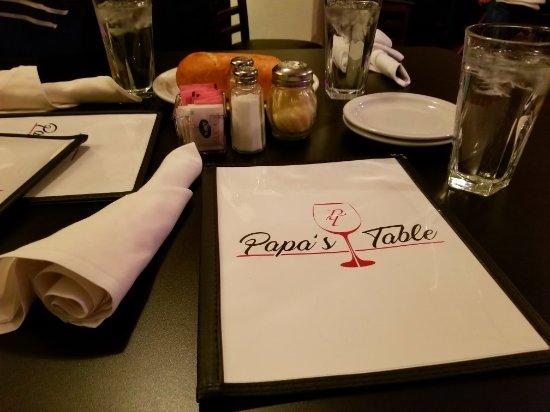 Wellington, CO: Papa's Table