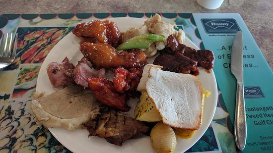 Tweed Heads, Australia: Some meat from cold larder, carvery and also honey chicken