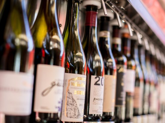 Vin 48: over 40 wines by the glass