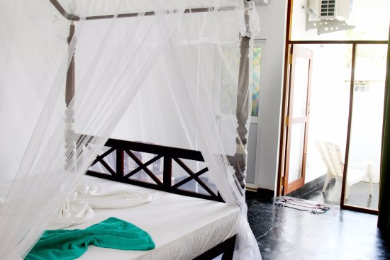 Weligama, Sri Lanka: Freedom Surf Villa - all rooms have their own private outdoor space