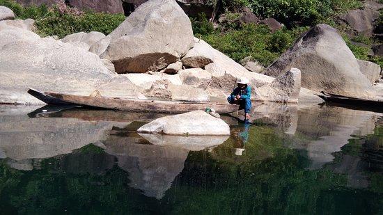 Meghalaya, India: Fishing