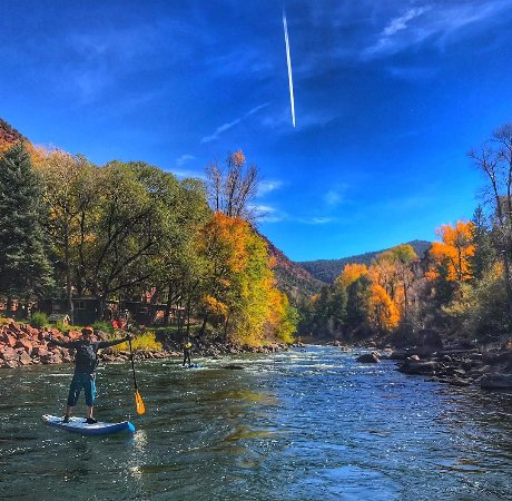 Carbondale, CO: Fall run on the roaring fork river! Explore with our SUP tours & elite instruction