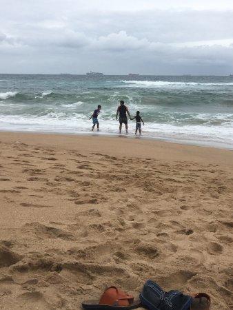 Breakers Resort: Enjoying the waves