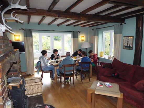 Southam, UK: Salone durante la colazione