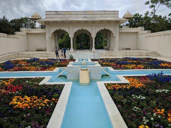 Hamilton Gardens: IMG_20171201_120959_large.jpg
