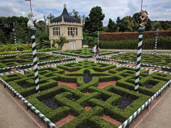 Hamilton Gardens: IMG_20171201_123357_large.jpg