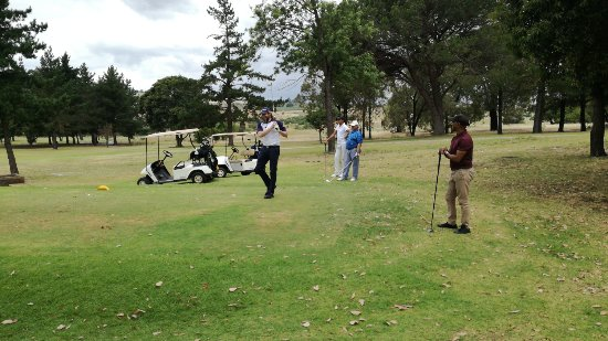 Kuils River, Sydafrika: Enjoying a game of golf