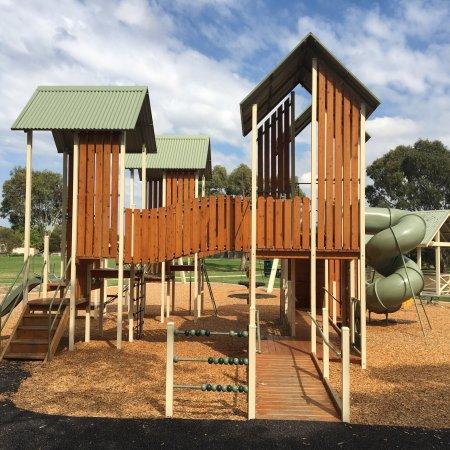 Oakgrove Playground