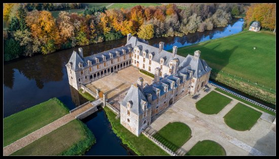 Chateau du Rocher Portail
