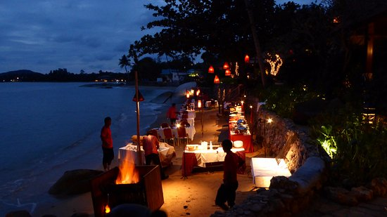Rocky's Boutique Resort: BBQ on the beach (taken from our beachfront villa)