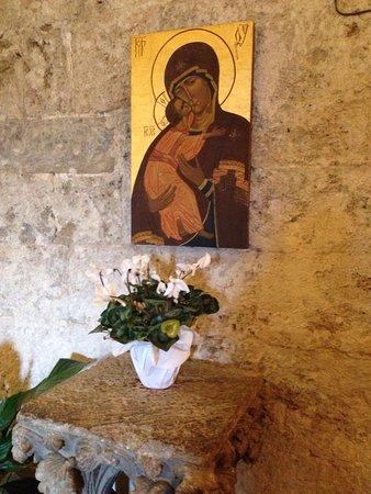 Chiusdino, Italy: La spada nella roccia 🗡