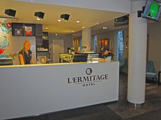 L'Ermitage Hotel: Reception
