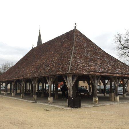 Pleumartin, فرنسا: Une belle histoire