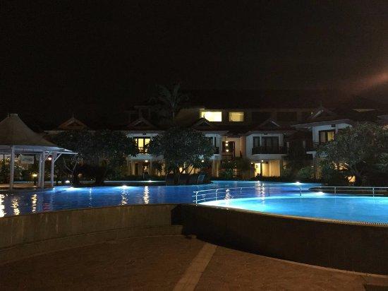 Ramada Resort Cochin Photo