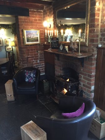 The Black Robin: Lots of comfy chairs next to the fire on a cold day.