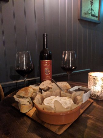 Another? Wine Bar: Baked Italian Camembert with Super Tuscan Wine