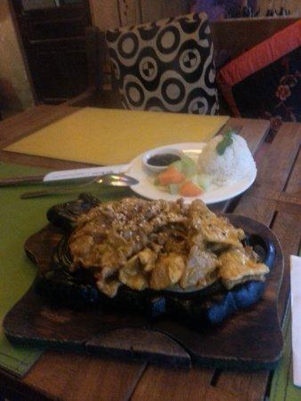 Viet Emotion Sapa Coffee and Restaurant: porc à la cardamome