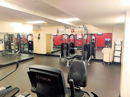 Hawthorne Inn and Conference Center : exercise room