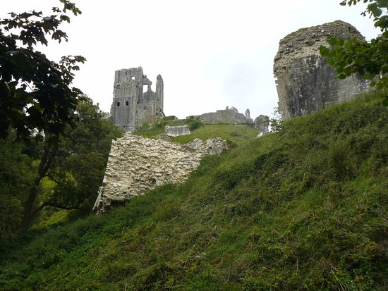 Corfe Castle, UK: View towards Great Tower from below outer entrance.