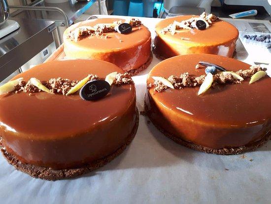 Bedizzole, Italy: torta caramelia...caramello mela vaniglia