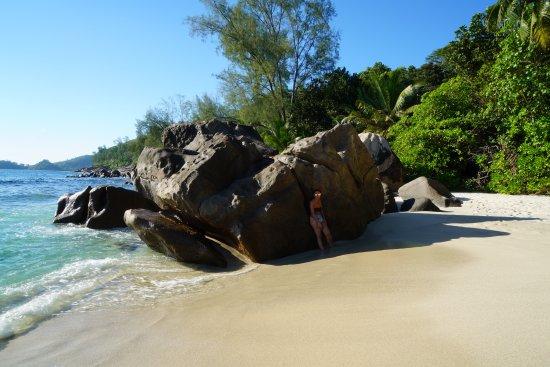 Νήσος Μάχε, Σεϋχέλλες: 6 Anse Takamaka Beach