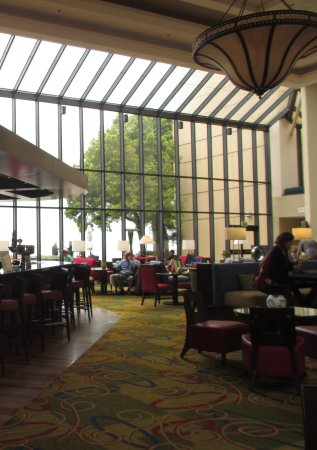 San Francisco Airport Marriott Waterfront: Lounge