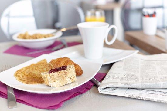 Seven urban suites nantes centre hotel france voir les - Petit dejeuner nantes ...