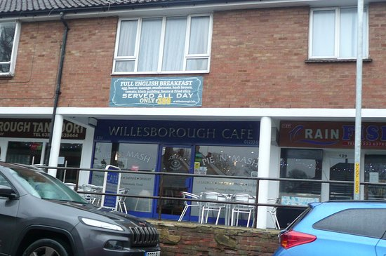 Willesborough Cafe & Pie N Mash Shop: the cafe