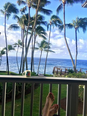 Poipu Palms Condominiums: Morning coffee. :)