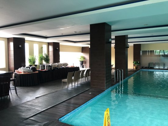 Hotel Zwembad Picture Of The 1o1 Malang Oj Tripadvisor