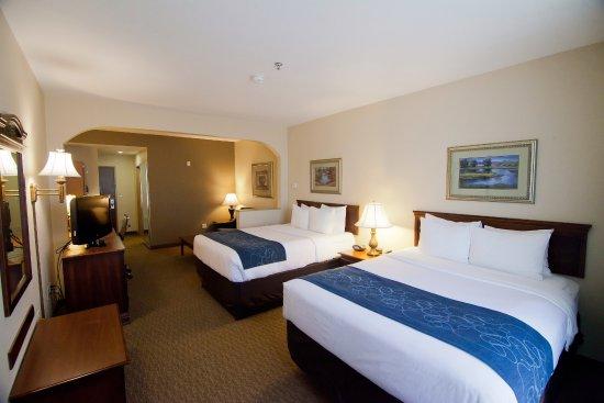 Comfort Suites Waco: Double Queen Suite