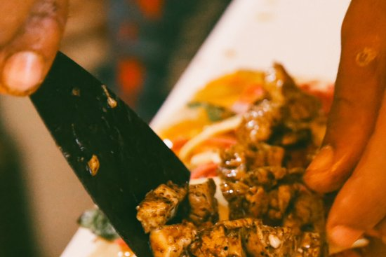 Imsouane, Maroko: Fresh chicken from the market