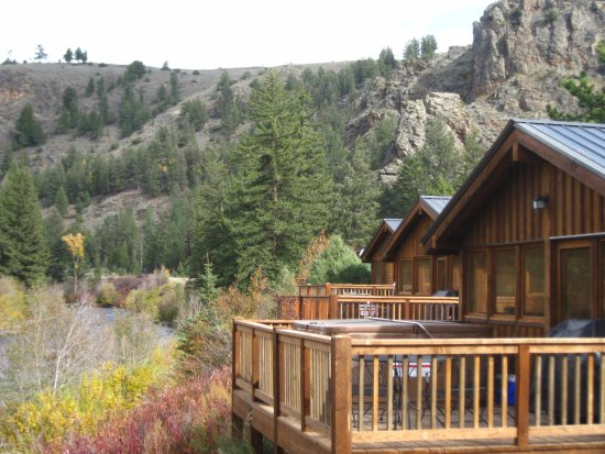 Three Rivers Resort : Cabins on Taylor River