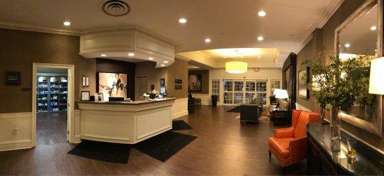 Ethan Allen Hotel: photo1.jpg