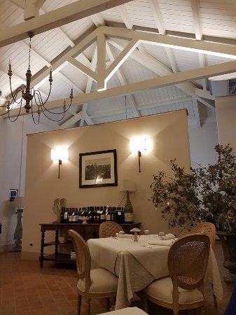 Gioia Tauro, İtalya: 20171130_200551_large.jpg