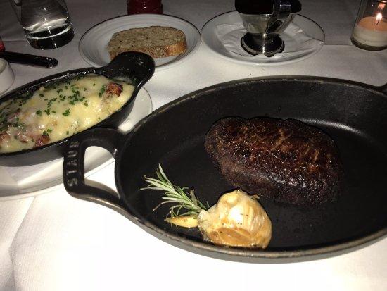 Steak House No 316 : Prime Filet and garlic potatoes