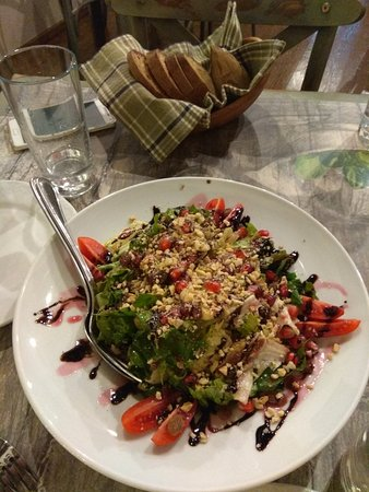 Makrinitsa, Greece: ωραιες γευσεις!