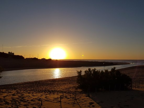 Claromeco, Argentina: Sunrise on the beach
