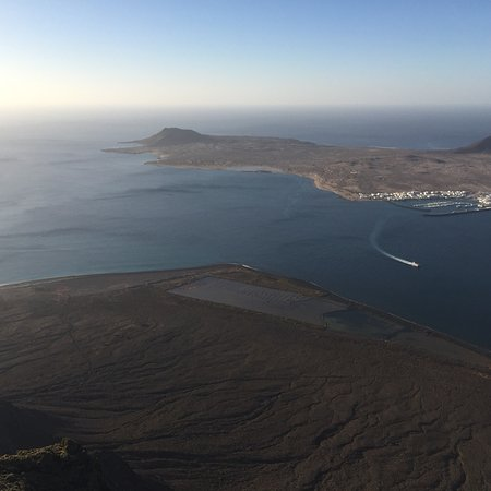 Vulkan Caldera Blanca: mirador del Rio