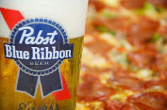 Linden, Νιού Τζέρσεϊ: 35 Beers on Tap